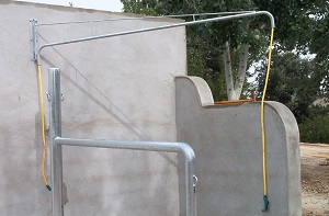 ARTICULATED SHOWER