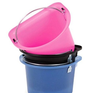 PORTABLE GROOMING BUCKET WITH HANDLE